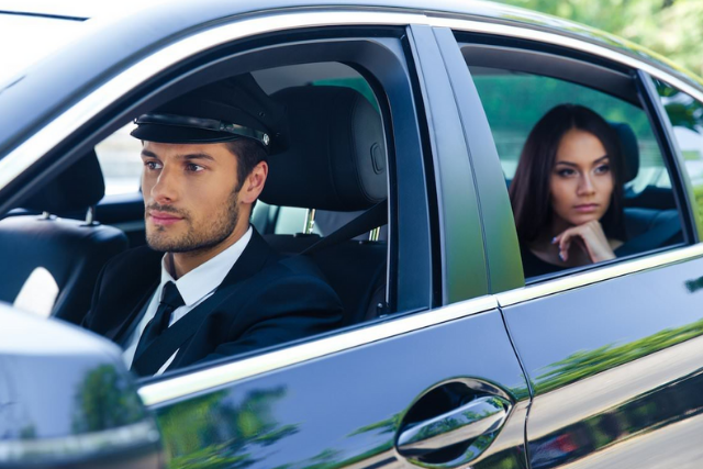 What to Look for When Hiring a Chauffeur Service?