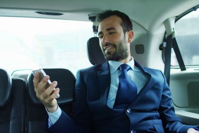 Impress Your High-Profile Prospects with A Limousine Service
