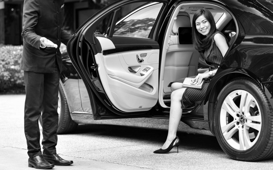 Selecting the Best Chauffeur Service for Your Business Trip